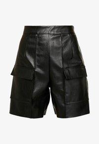 Missguided - JORDAN LIPSCOMBE PU UTILITY SHORT - Shorts - black - 3