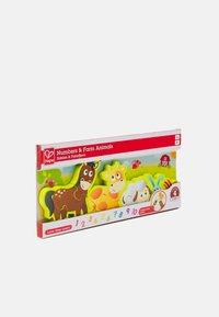 Hape - ZAHLEN & FARMTIERE UNISEX - Toy - multicolor - 3