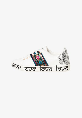 SHOES_COSMIC_EXOTIC INDIAN