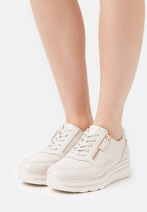 LACE UP - Sneakers basse - ivory