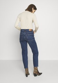 River Island - Straight leg jeans - mid auth - 2