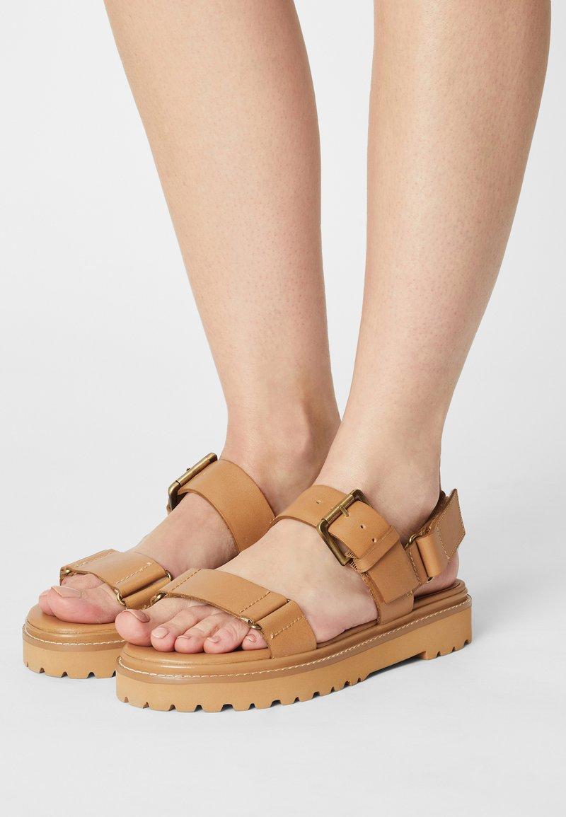 Madewell - CHUNKY LUG  - Platform sandals - desert camel