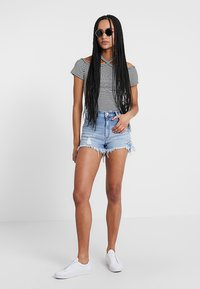 Mavi - ROSIE - Denim shorts - mid retro 80's - 1