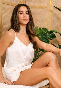 Chelsea Peers - NYC WELLNESS  - Pyjama - white - 3