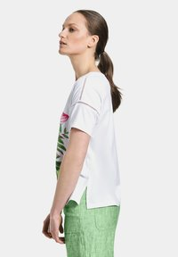 Gerry Weber Casual - T-shirt med print - white - 1