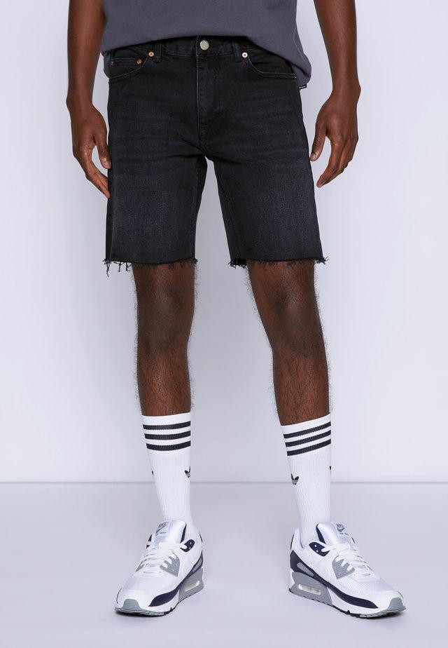 CLARK - Short en jean - black soot