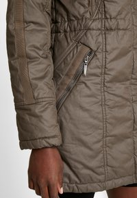 Fransa - FRESWALK OUTERWEAR - Parka - major brown - 5