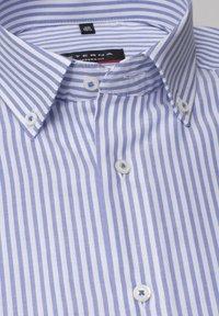 Eterna - MODERN FIT - Shirt - helllblau/weiss - 5