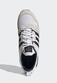 adidas Originals - SPORTS INSPIRED SHOES - Matalavartiset tennarit - ftwwht/cblack/ftwwht - 1