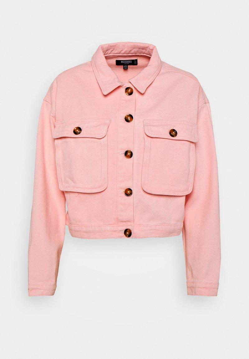 Missguided Petite - BELLOW POCKET BOXY SHACKET - Denim jacket - pink