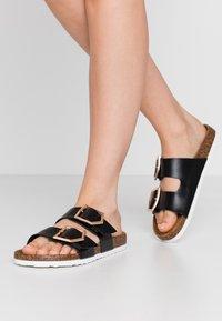 New Look - HALLIE - Slippers - black - 0