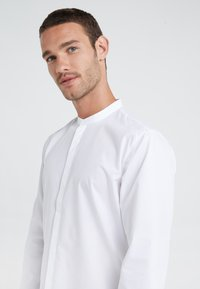 HUGO - ENRIQUE - Formal shirt - open white - 4