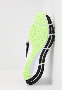 Nike Performance - AIR ZOOM PEGASUS 37 FLYEASE - Neutral running shoes - black/ghost green/valerian blue - 4