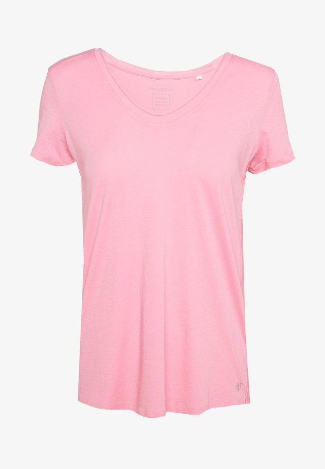 SHORT SLEEVE ROUNDED V-NECK RAW CUT DETAILS - Camiseta básica - sunlit coral