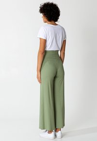 Indiska - LILLEMOR - Trousers - green - 2