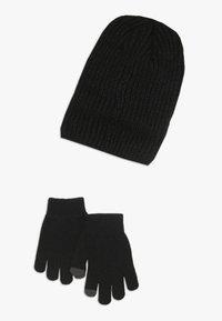Nike Sportswear - FUTURA BRUSHED BEANIE SET - Mütze - black - 1
