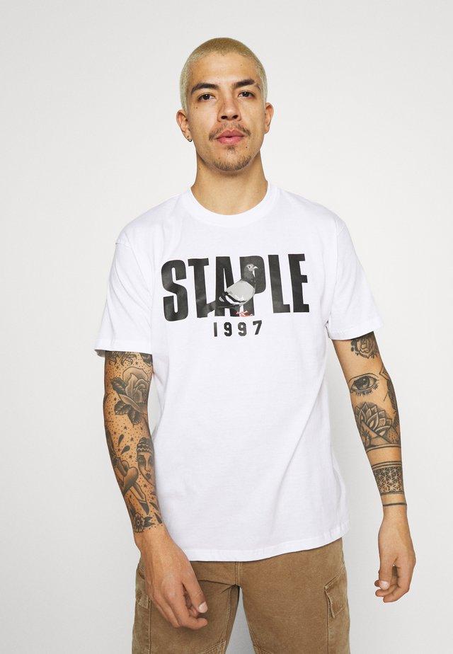 1997 LOGO TEE UNISEX  - T-shirts med print - white