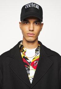 Versace Jeans Couture - DIAGONAL COAT MIRO - Cappotto classico - nero - 3