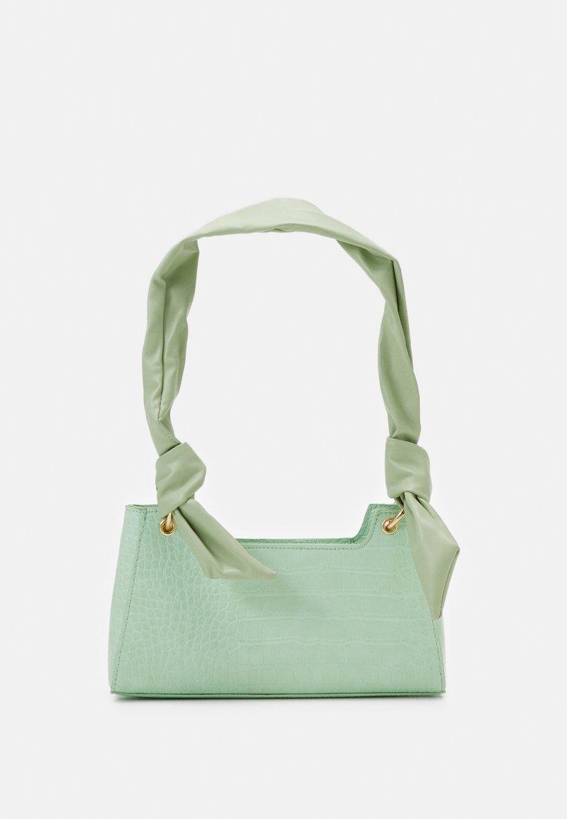 Pieces - PCBELLIA SHOULDER BAG - Handbag - fresh mint/gold-coloured