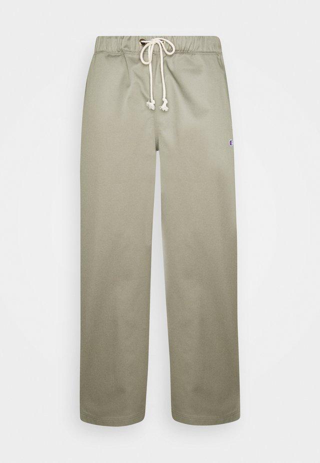 STRAIGHT HEM PANTS - Trousers - olive
