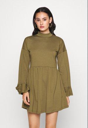 HIGH NECK FRILL SMOCK DRESS - Jersey dress - khaki