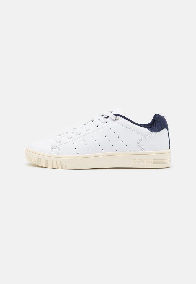 COURT FRASCO - Trainers - white/navy/antique white