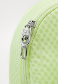 Nike Sportswear - MINI AIR - Rugzak - barely volt - 3