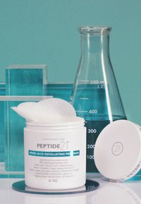 Peter Thomas Roth - PEPTIDE 21 AMINO ACID EXFOLIATING PEEL PADS - Cleanser - - - 3