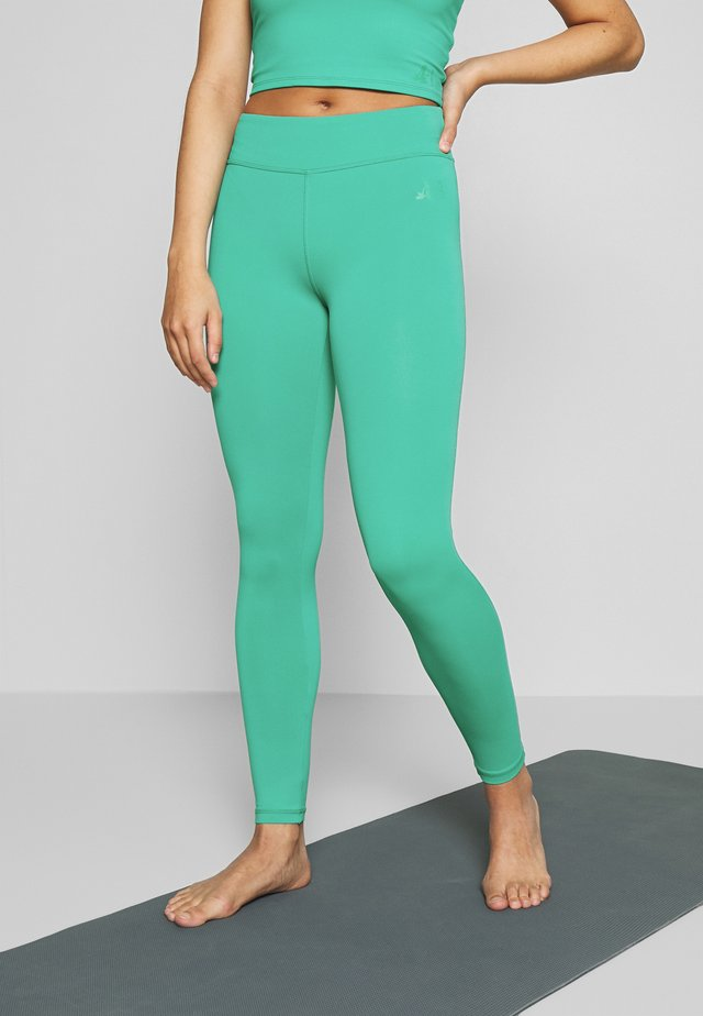 LEGGINGS HIGH WAIST - Punčochy - green lagoon