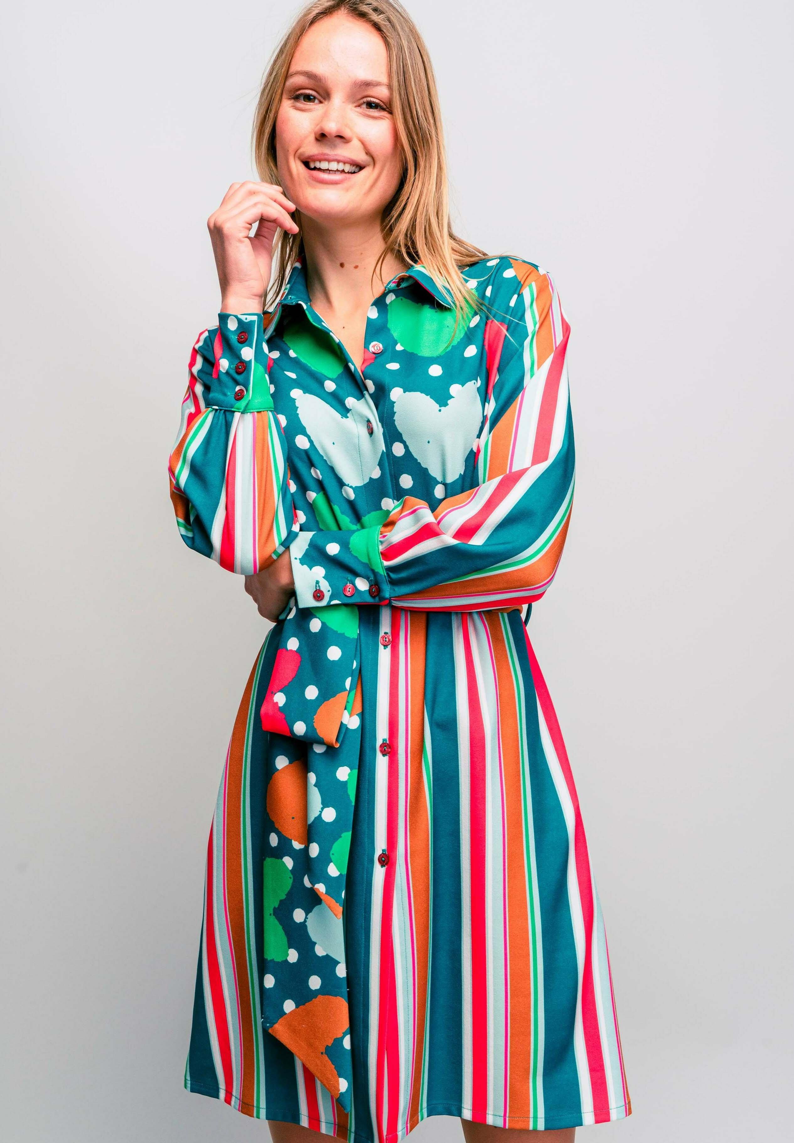 Donna FORSYTH  - Abito a camicia