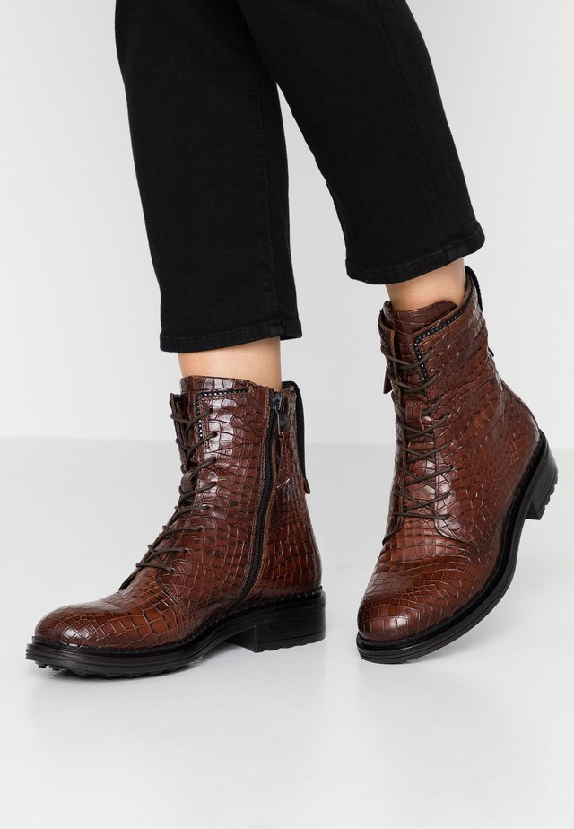 Lace-up ankle boots - bacio