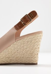 Dune London WIDE FIT - WIDE FIT KICKS  - Sandalias de tacón - blush - 2