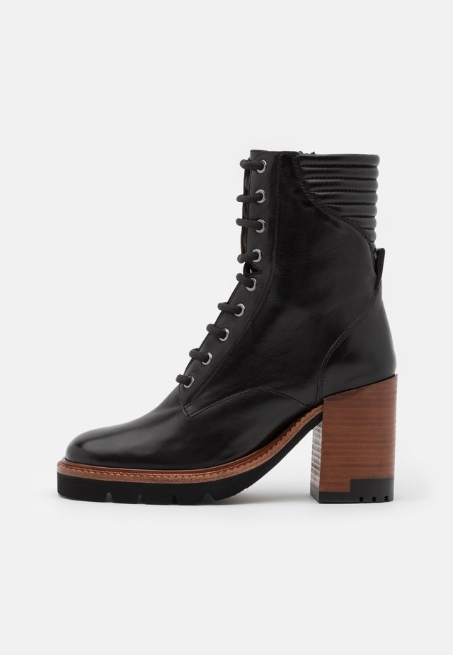 Lace-up ankle boots - malaga nero