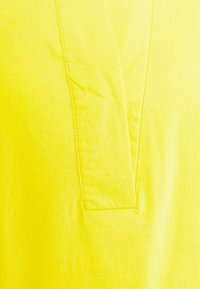 More & More - BLOUSE NON SLEEVE - Blouse - sunny yellow - 2
