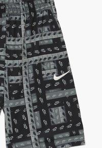 Nike Performance - DRY SHORT KIDS - Sports shorts - smoke grey/white - 3