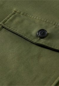 Scotch & Soda - SCOTCH & SODA ZIP-CLOSURE LOOSE-FIT SHIRT - Overhemd - army - 5