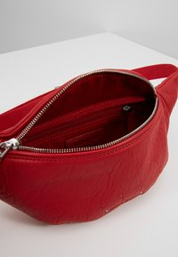 Marc O'Polo - Bum bag - lipstick red - 4