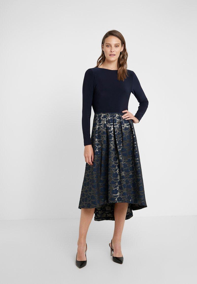 Lauren Ralph Lauren - LONG DRESS - Robe de soirée - gold/navy