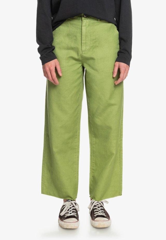 Trousers - calliste green