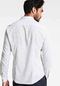TOM TAILOR DENIM - Overhemd - white - 2