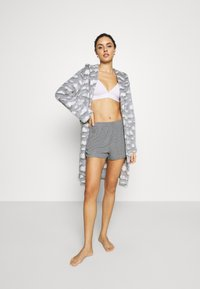 Loungeable - CLOUD SHERPA HOODED ROBE - Dressing gown - grey - 1