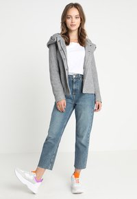 ONLY Petite - ONLSEDONA JACKET - Veste légère - light grey melange - 1