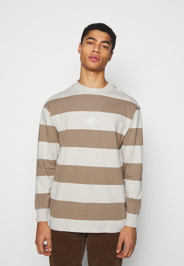 BOXY TEE LONG SLEEVE - Långärmad tröja - offwhite