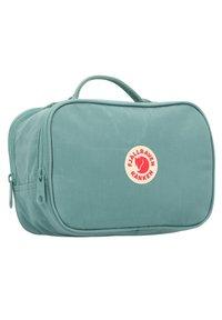 Fjällräven - Wash bag - frost green - 2