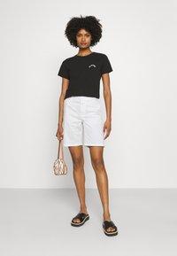 CLOSED - HOLDEN - Shorts - ivory - 1