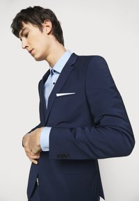 HUGO - ARTI HESTEN - Suit - open blue - 7