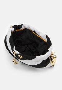 Rosantica - BUBBLE SMALL - Handbag - black - 3