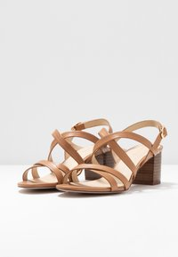 Anna Field - LEATHER SANDALS - Sandals - cognac - 4