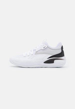 COURT RIDER JR UNISEX - Basketball shoes - white/black