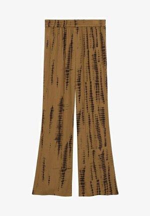PANTALÓN FLUIDO - Straight leg -farkut - marrón